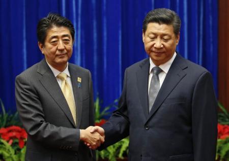 原点に立ち戻って関係改善する第一歩=日中首脳会談で安倍首相