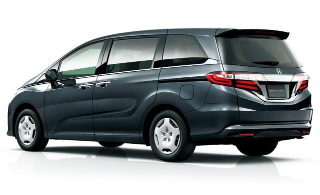 2015-Honda-Odyssey-rear-view