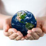 世界は大きく変貌する。それにどう対処するべきか。